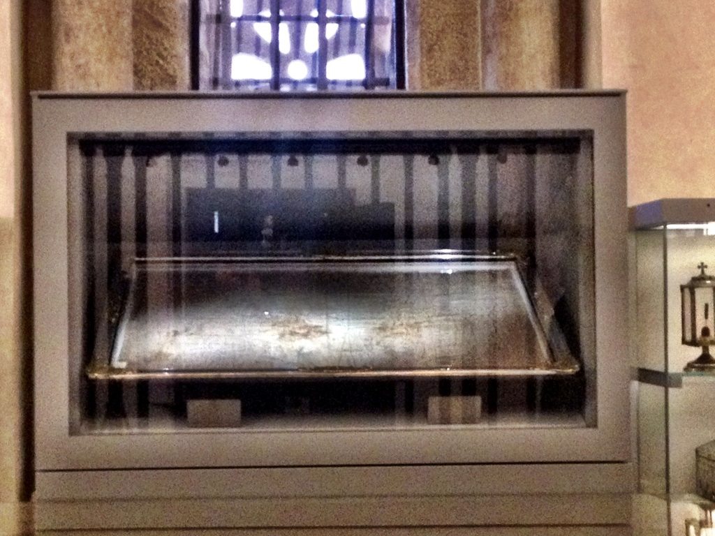 The Shroud of Oviedo