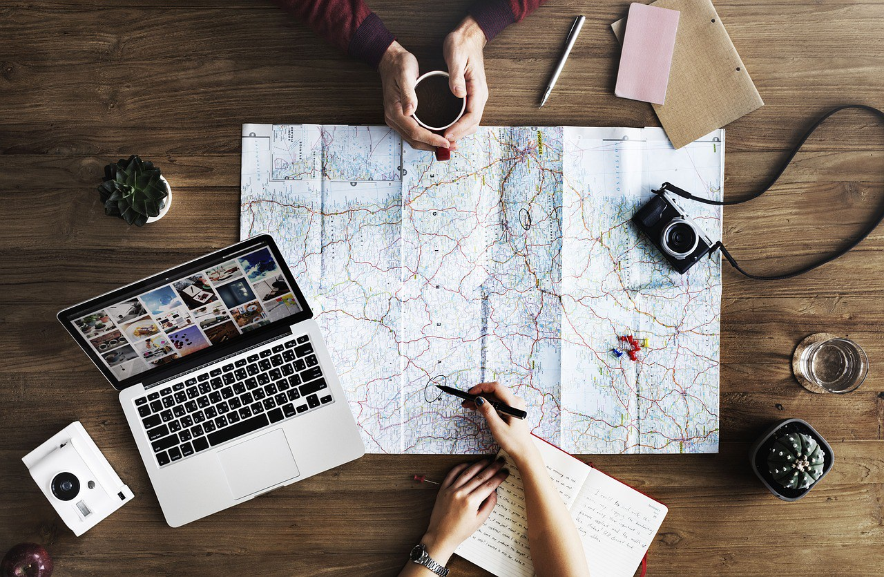 How to Pitch Your First Travel Article | Shayla Martin
